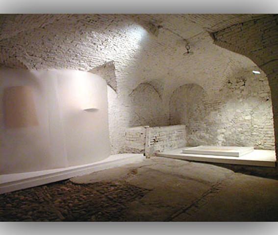 Paolo Radi Mostra Lucio Fontana e la sua eredita Corporeo silenzio, Castelbasso, 05